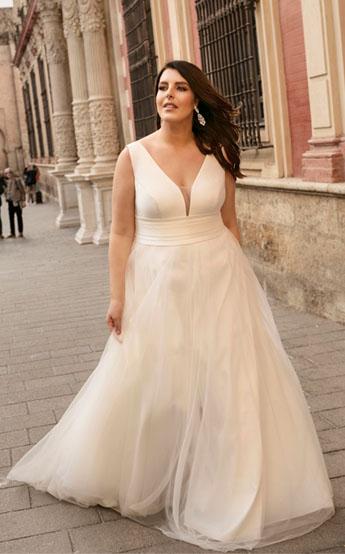 suknie ślubne w rozmiarach 44-54 lovely