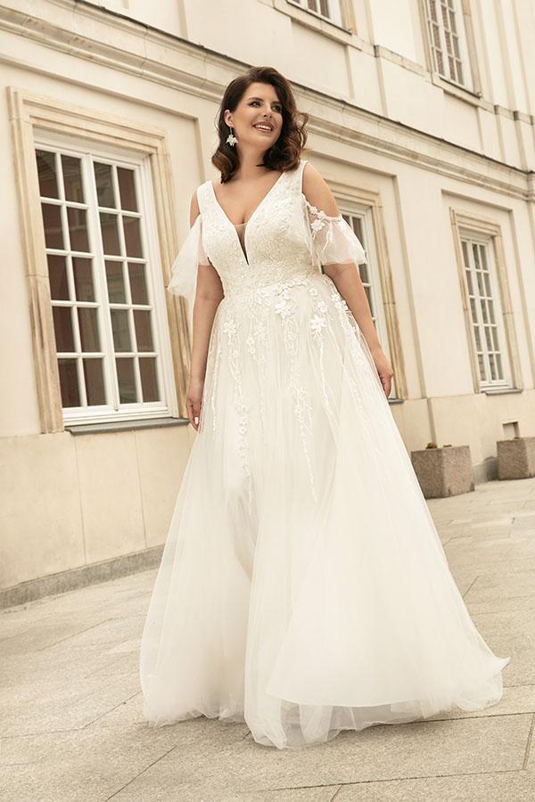 Modna suknia ślubna 2022