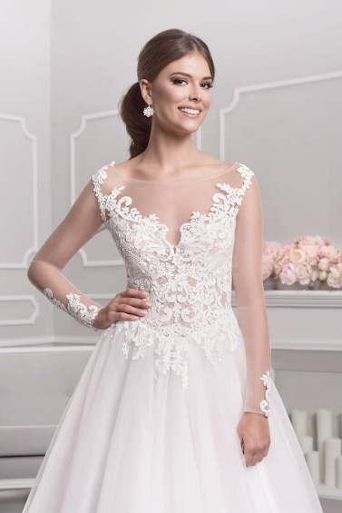 suknia ślubna 18036 zbliżenie
