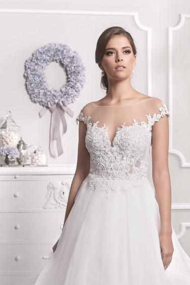 suknia ślubna 18058 zbliżenie