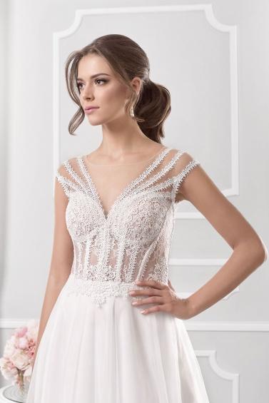 suknia ślubna 18065T zbliżenie