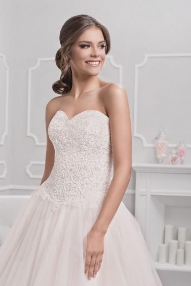 suknia ślubna 18076 zbliżenie
