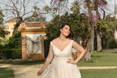suknia ślubna LO-214T zbliżenie