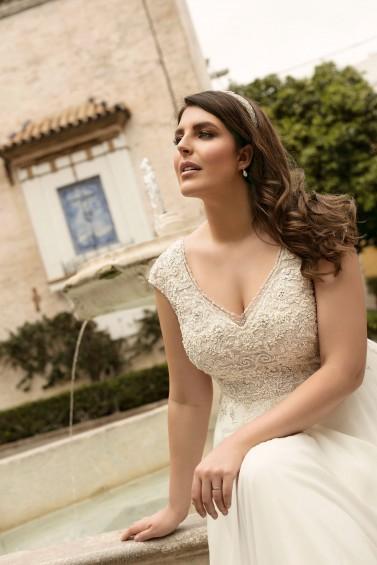suknia ślubna LO-233T zbliżenie