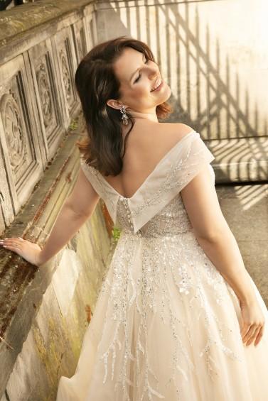 suknia Lovely 2022