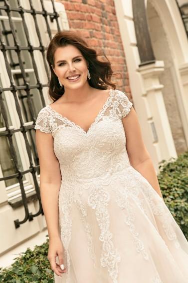 suknia ślubna LO-260T zbliżenie