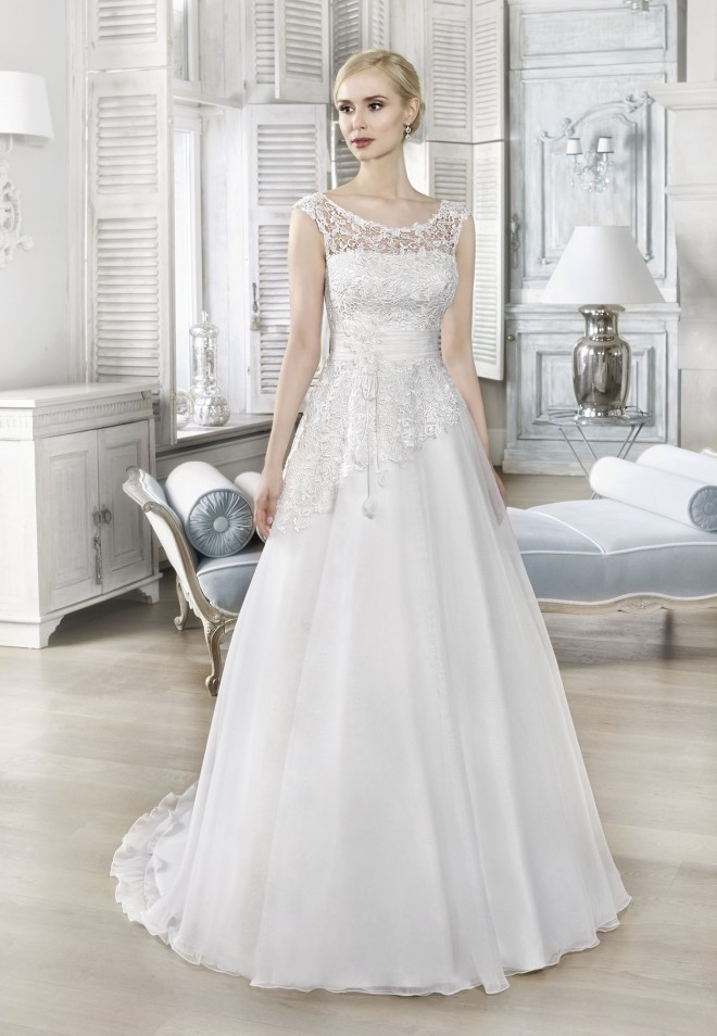 Suknia ślubna 16028T
