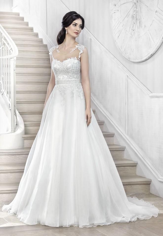 Suknia ślubna 16044T