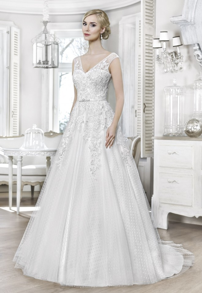 Suknia ślubna 16058T