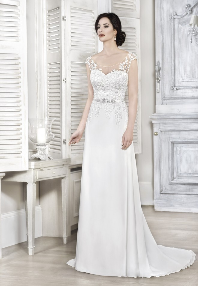 Suknia ślubna 16079T