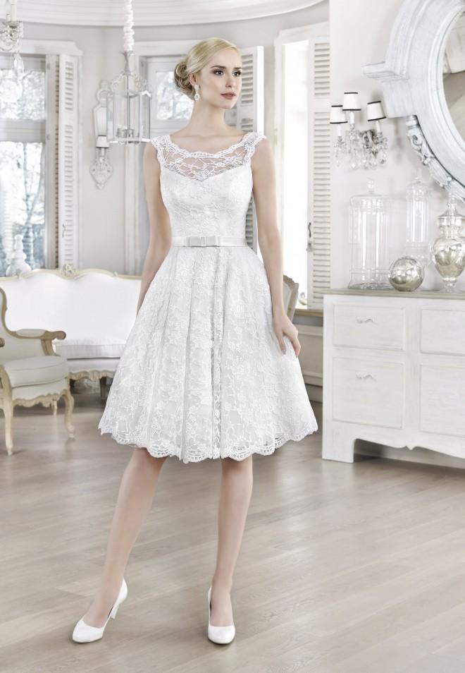 Suknia ślubna 16094