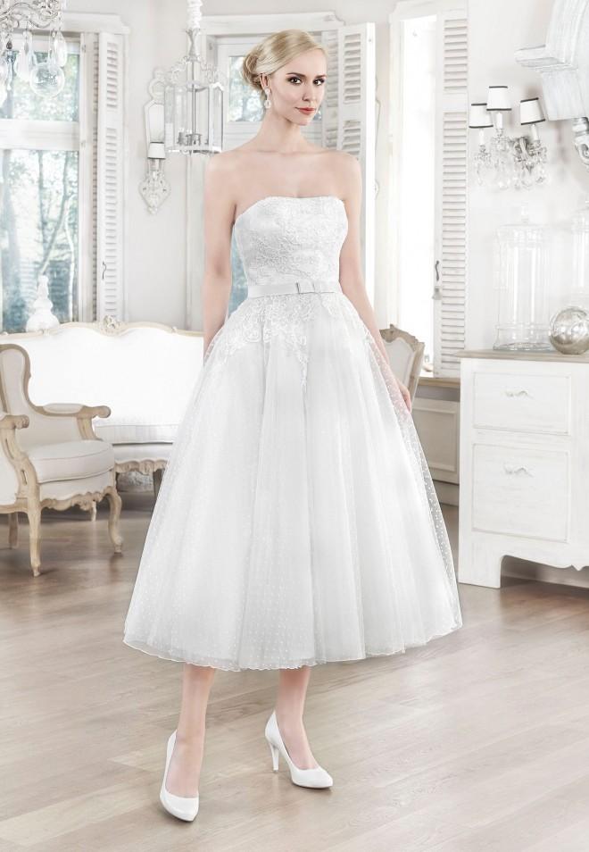 Suknia ślubna 16107