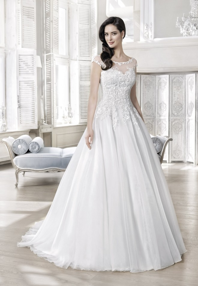 Suknia ślubna 16136T