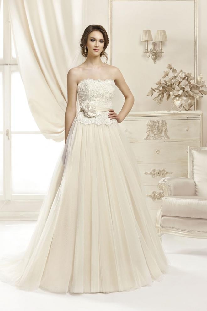 Suknia ślubna 17024T