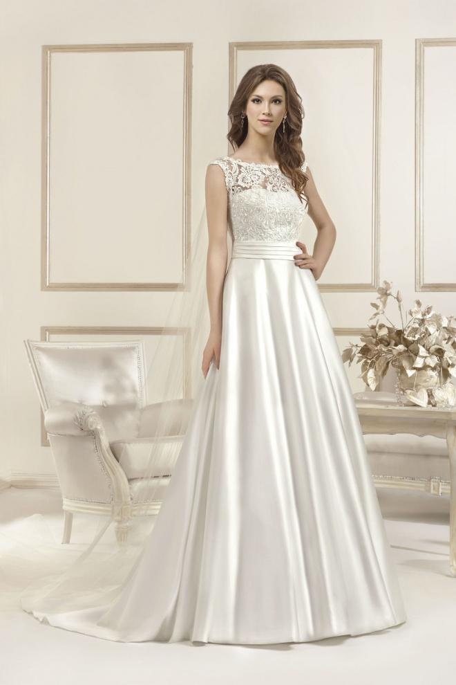 Suknia ślubna 17031T