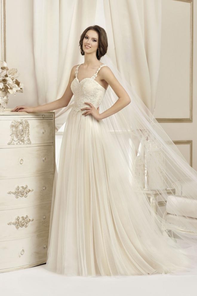 Suknia ślubna 17038T