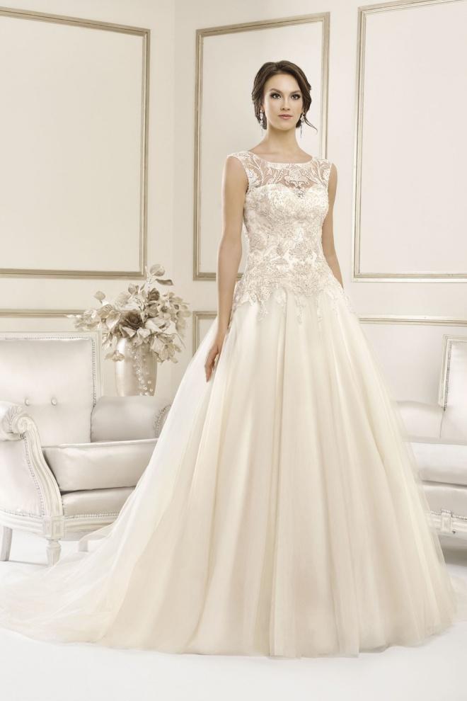 Suknia ślubna 17044T