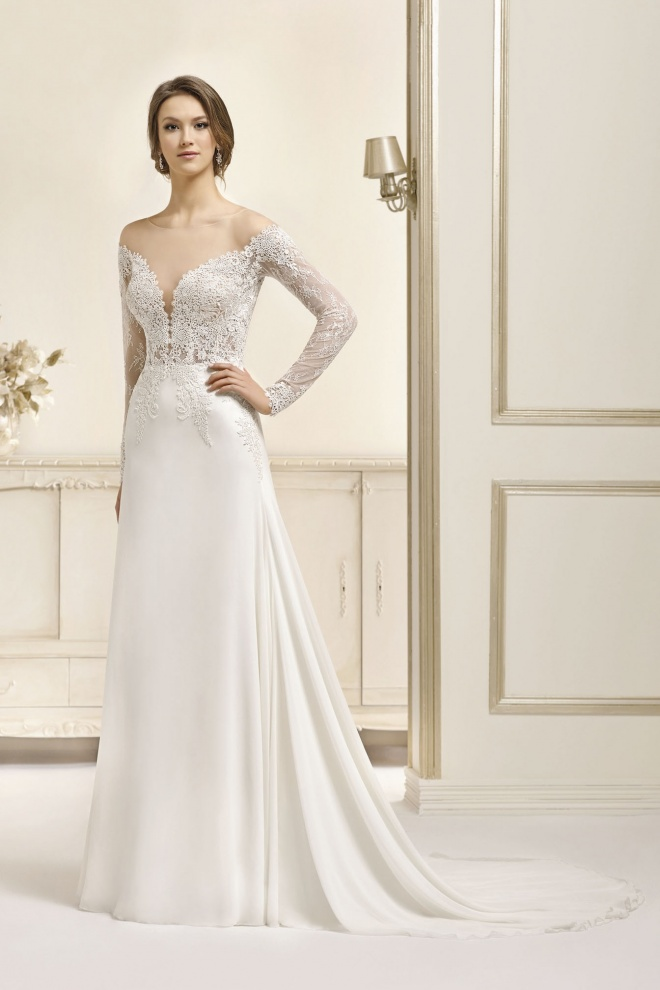 Suknia ślubna 17047T
