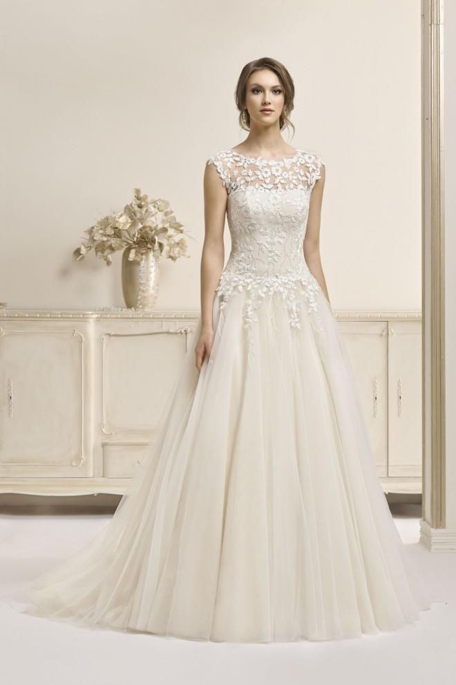Suknia ślubna 17049T