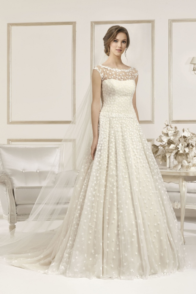 Suknia ślubna 17064T