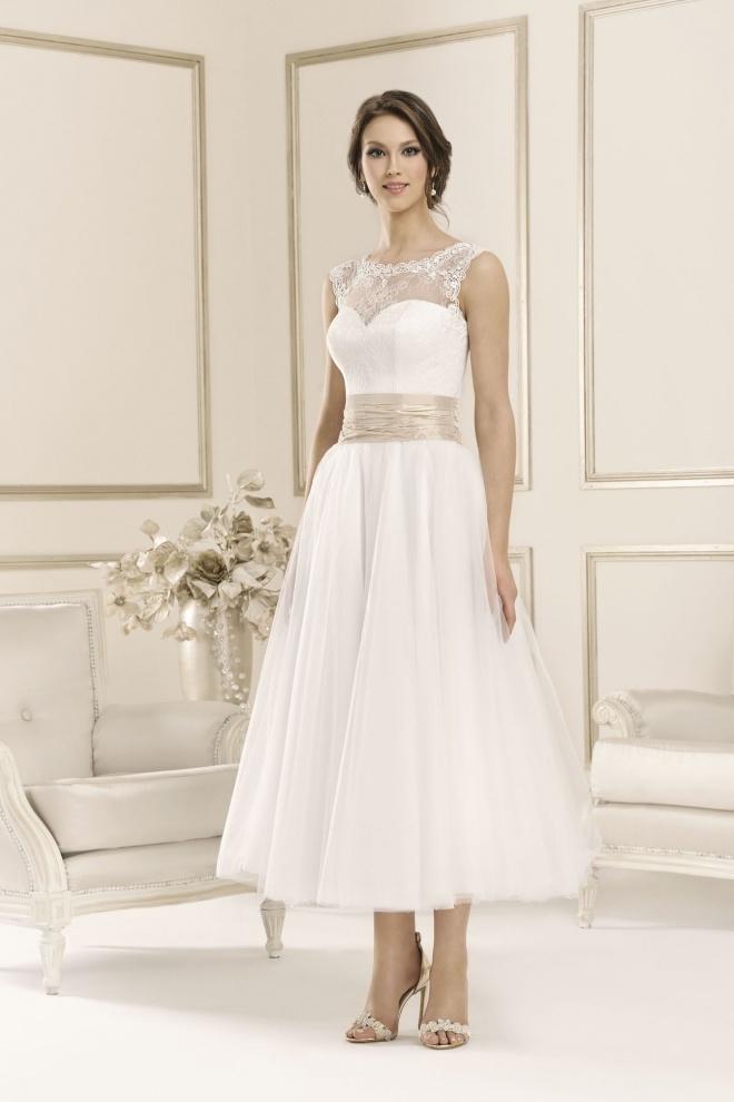 Suknia ślubna 17077R