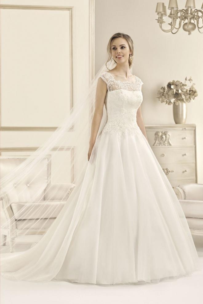 Suknia ślubna 17087T