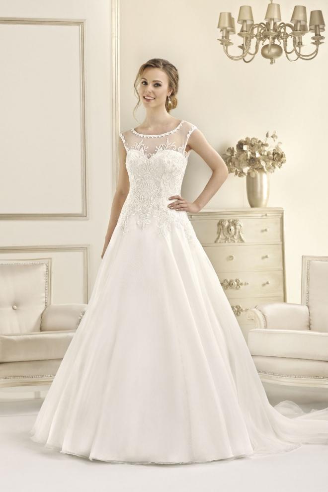 Suknia ślubna 17090T