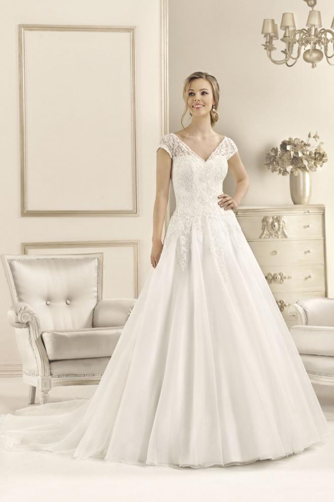 Suknia ślubna 17091T