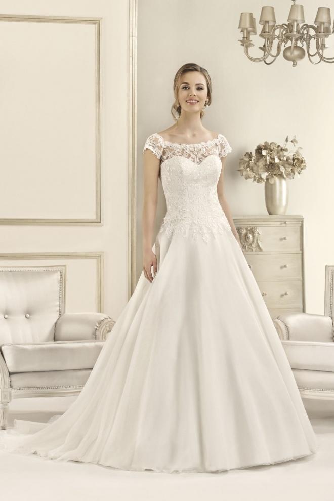 Suknia ślubna 17092T