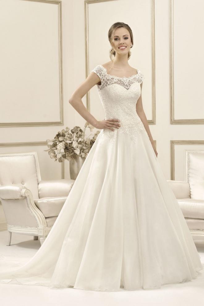 Suknia ślubna 17096T