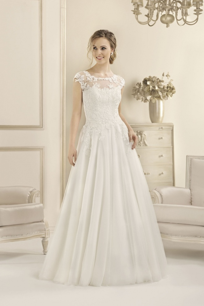 Suknia ślubna 17103