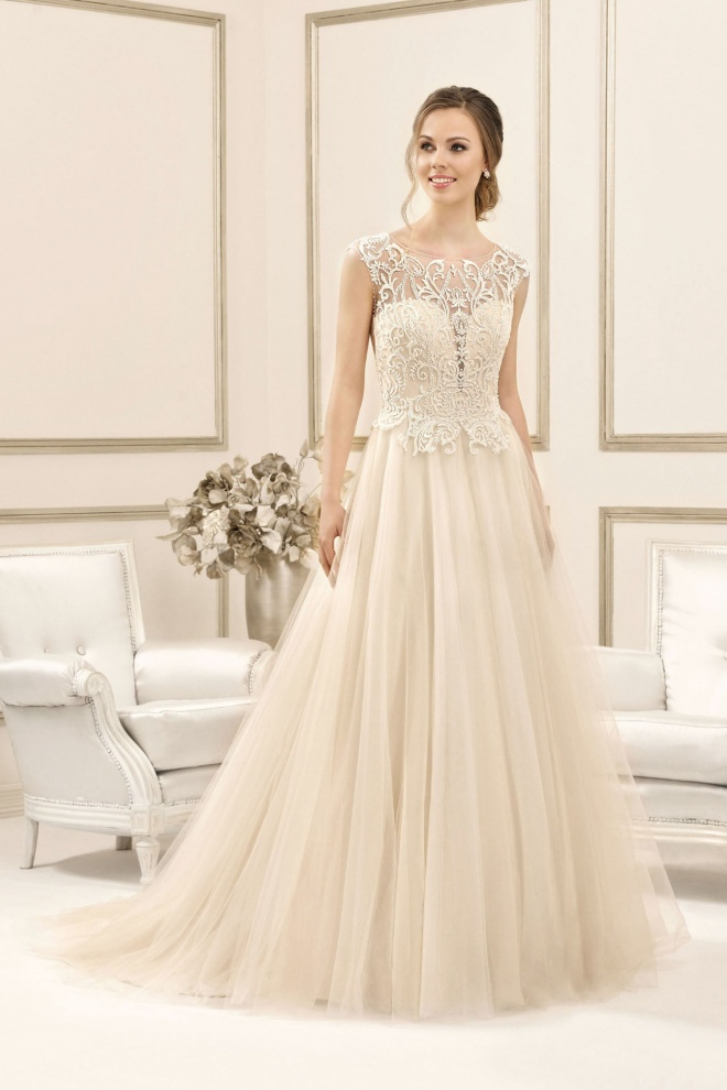 Suknia ślubna 17112T