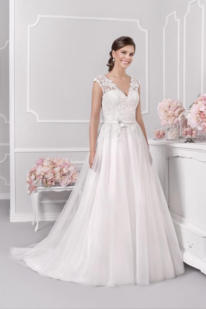 Suknia ślubna 18015T