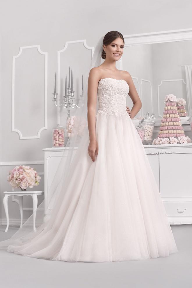Suknia ślubna 18018T