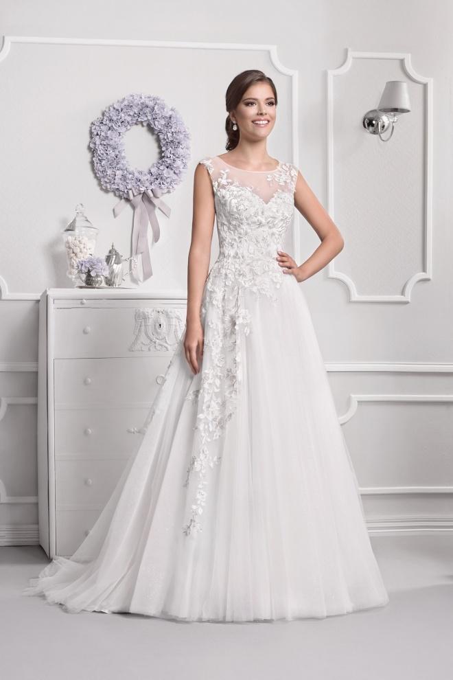 Suknia ślubna 18020T