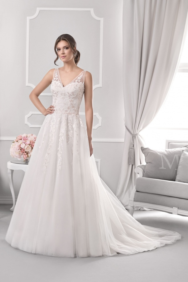 Suknia ślubna 18039T
