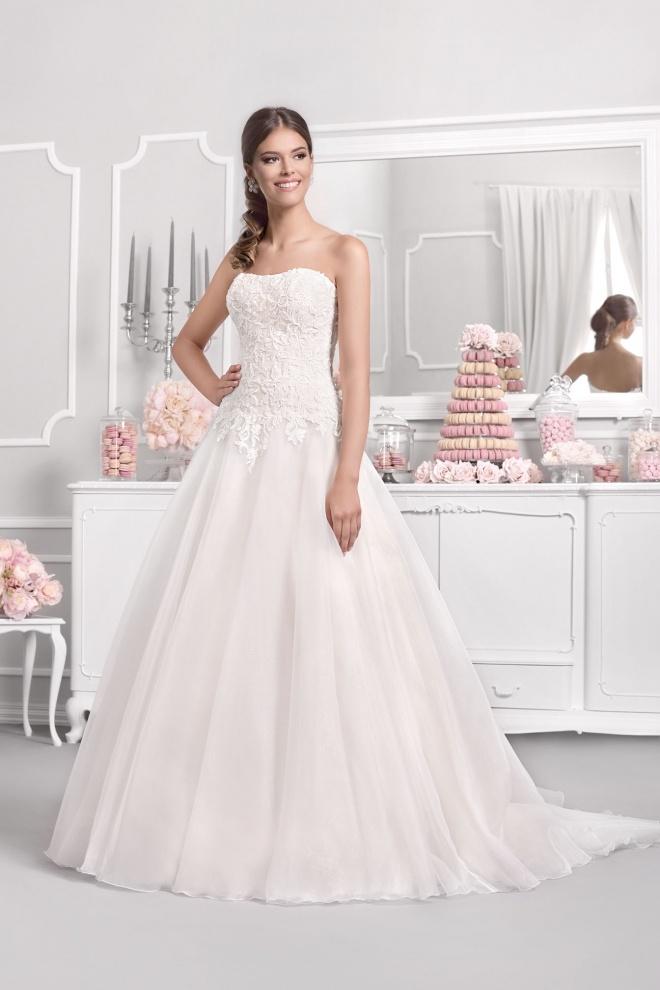 Suknia ślubna 18042T