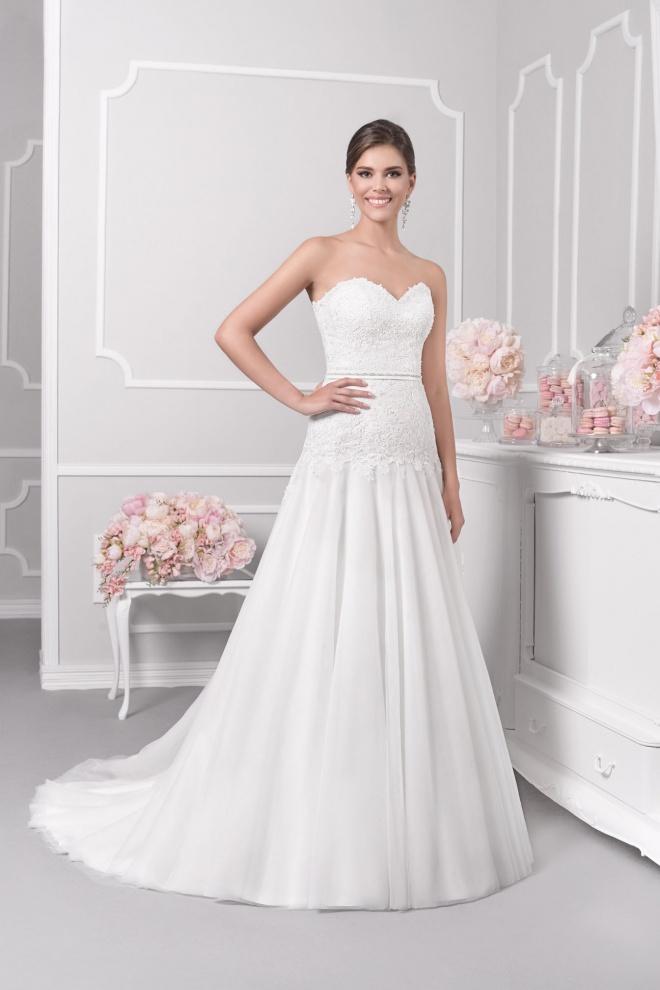 Suknia ślubna 18044T