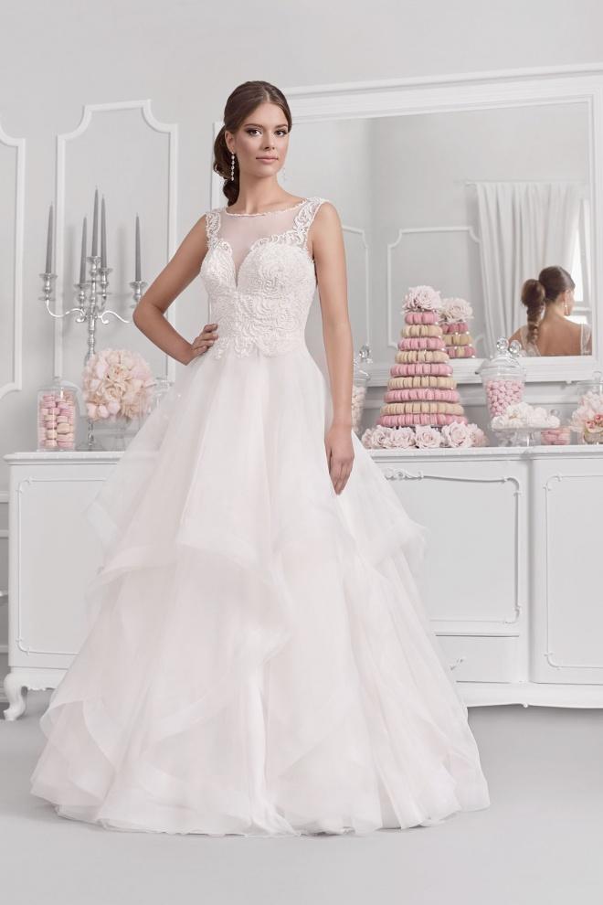 Suknia ślubna 18046