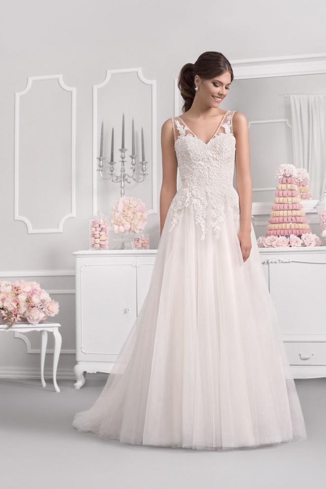 Suknia ślubna 18057T