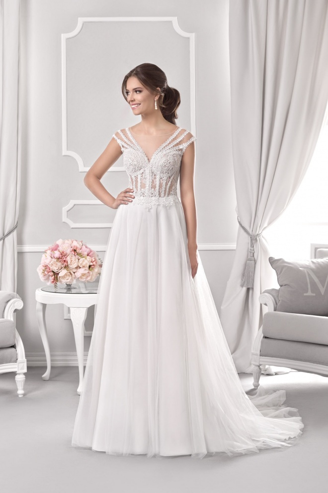 Suknia ślubna 18065T