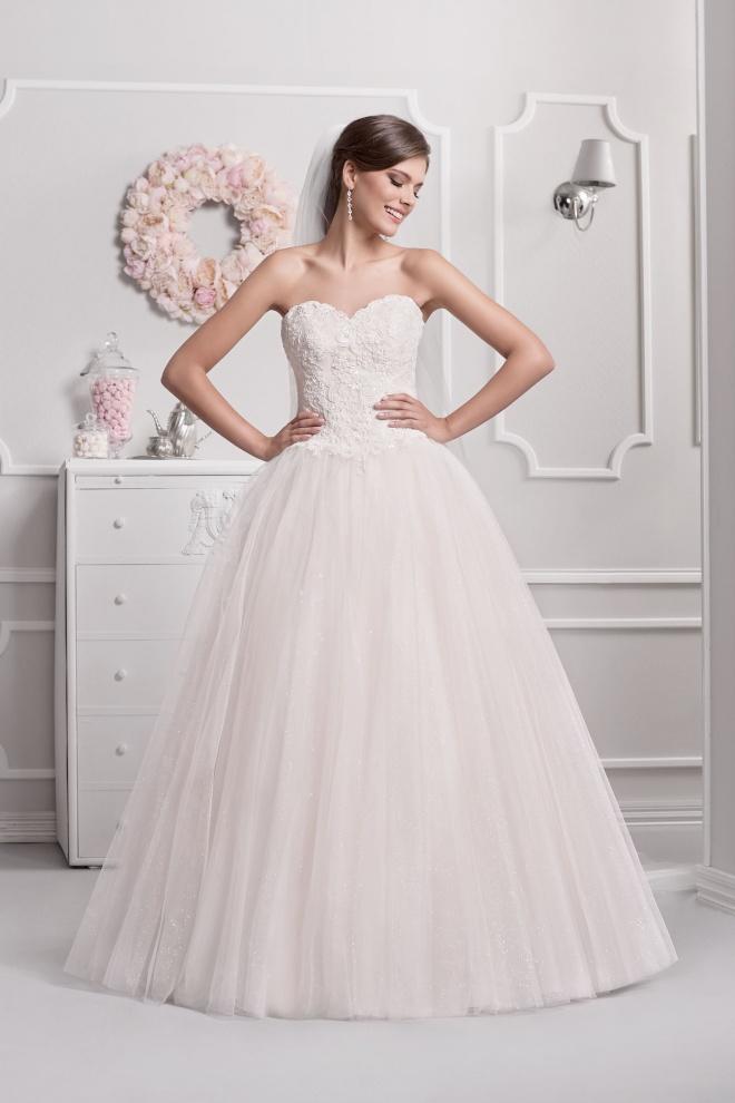 Suknia ślubna 18084