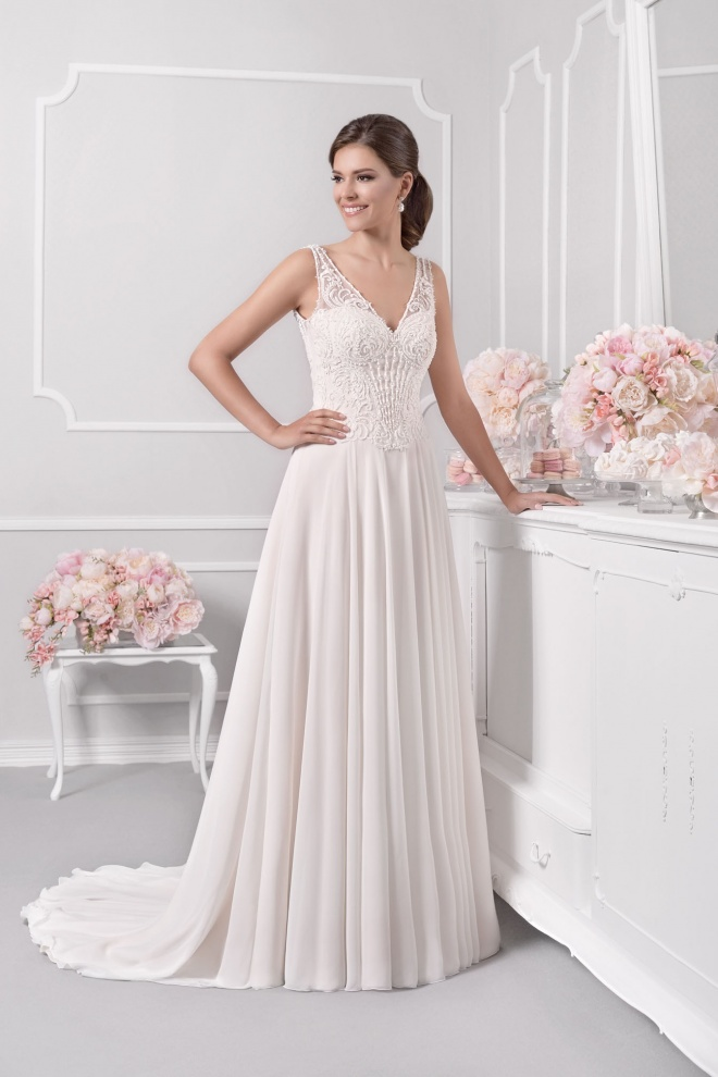 Suknia ślubna 18093T
