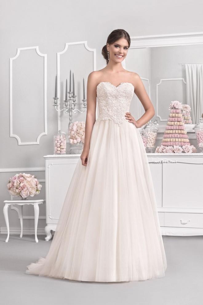 Suknia ślubna 18099T