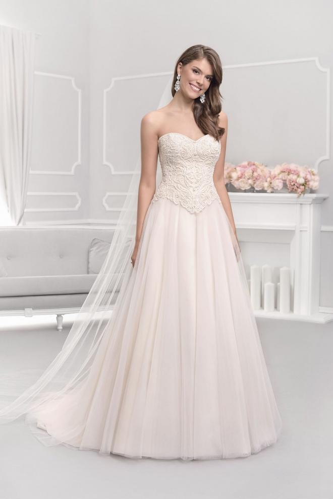 Suknia ślubna 18104T