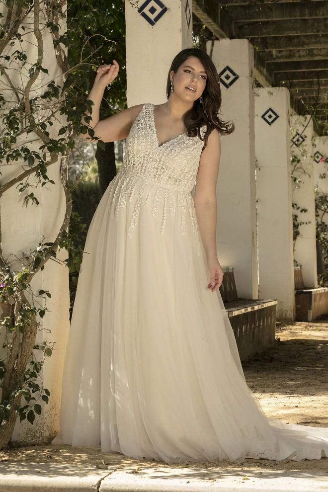 wedding dress LO-242T Lovely 2021