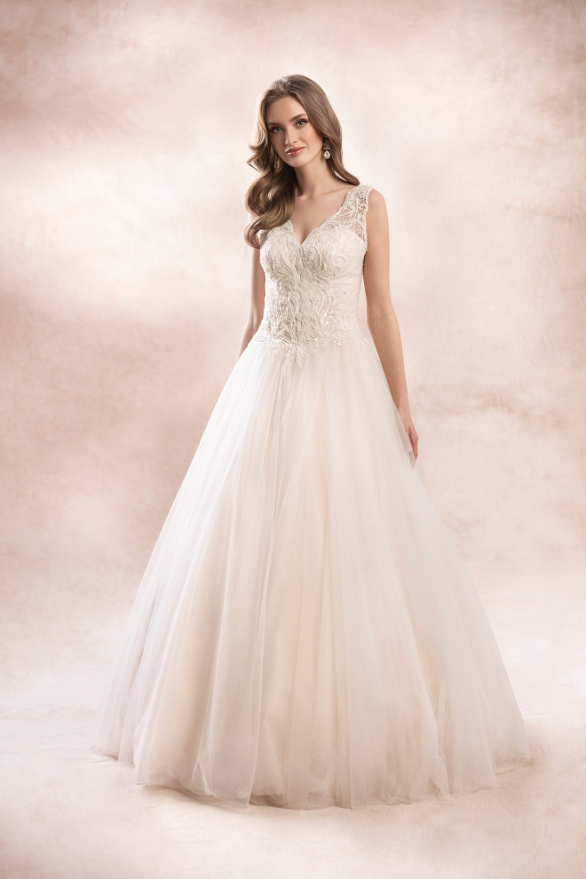 wedding dress KA-19010 Agnes Bridal Dream 2020