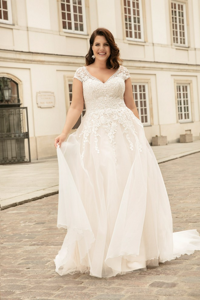 wedding dress LO-262T Lovely 2022