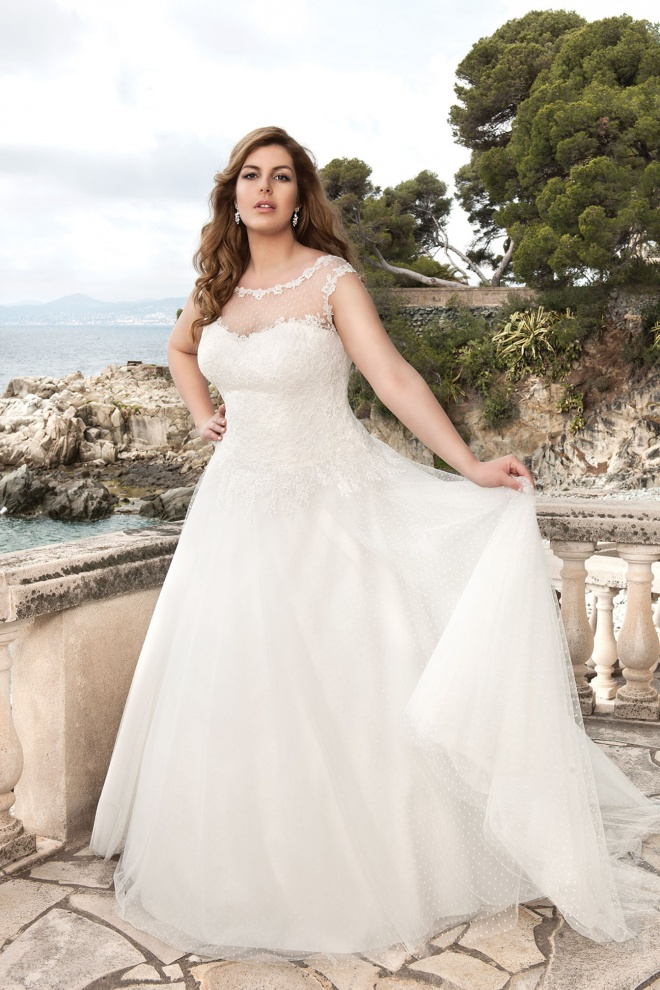 Suknia ślubna LO-34