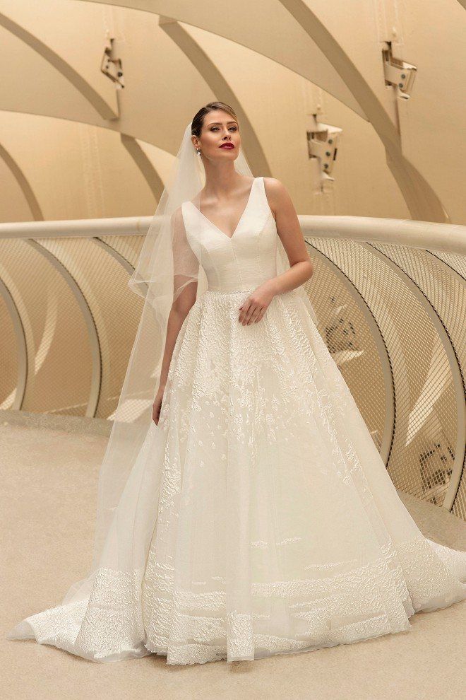wedding dress TO-1186T The One Exclusive 2021